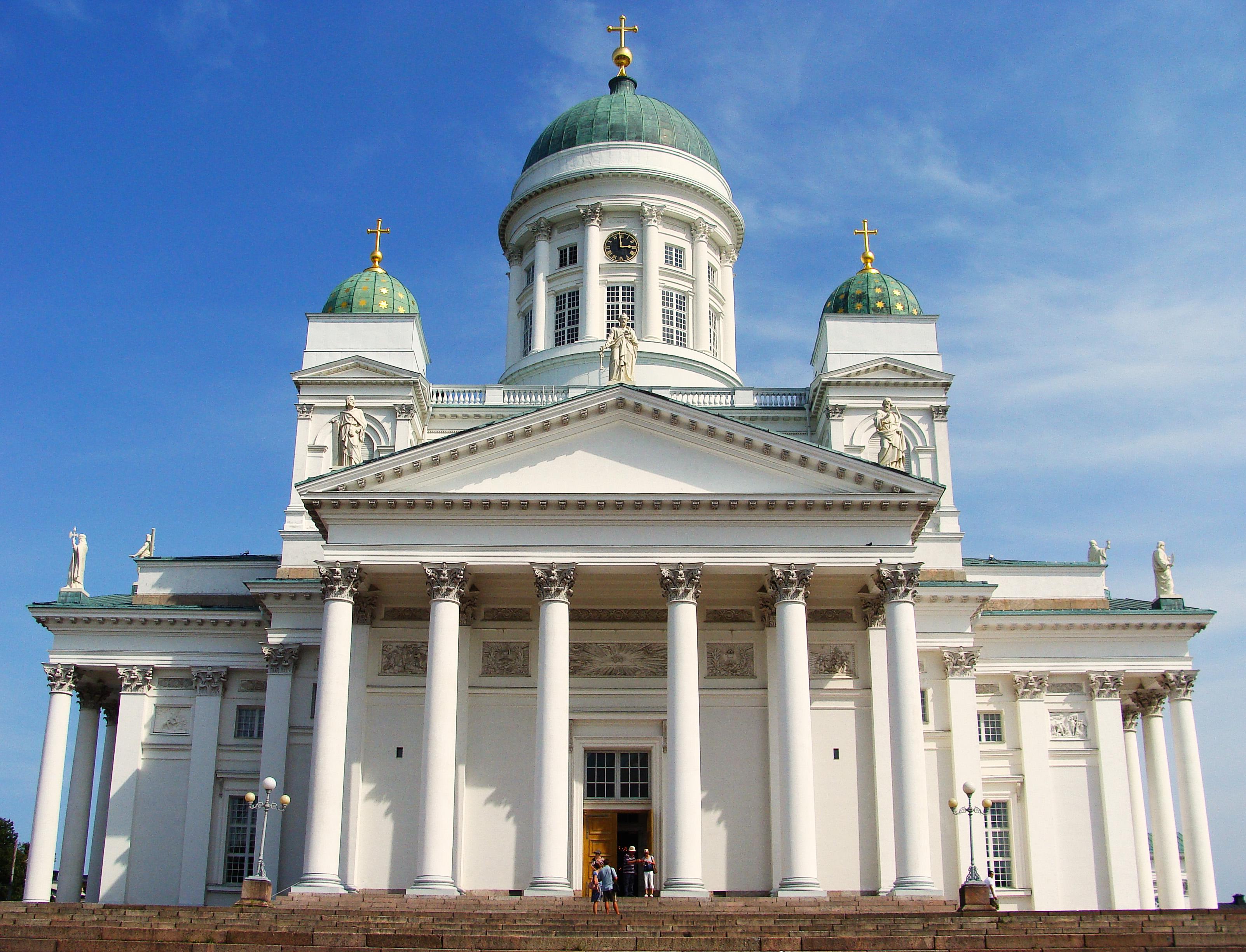Katedra_w_Helsinkach.jpg